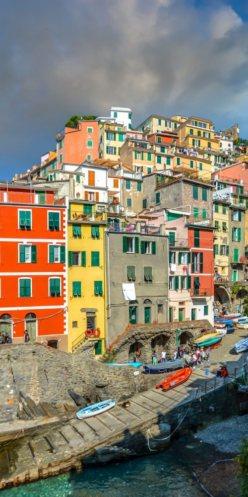 best hostel in cinque terre, cheap rooms for backpackers in cinque terre